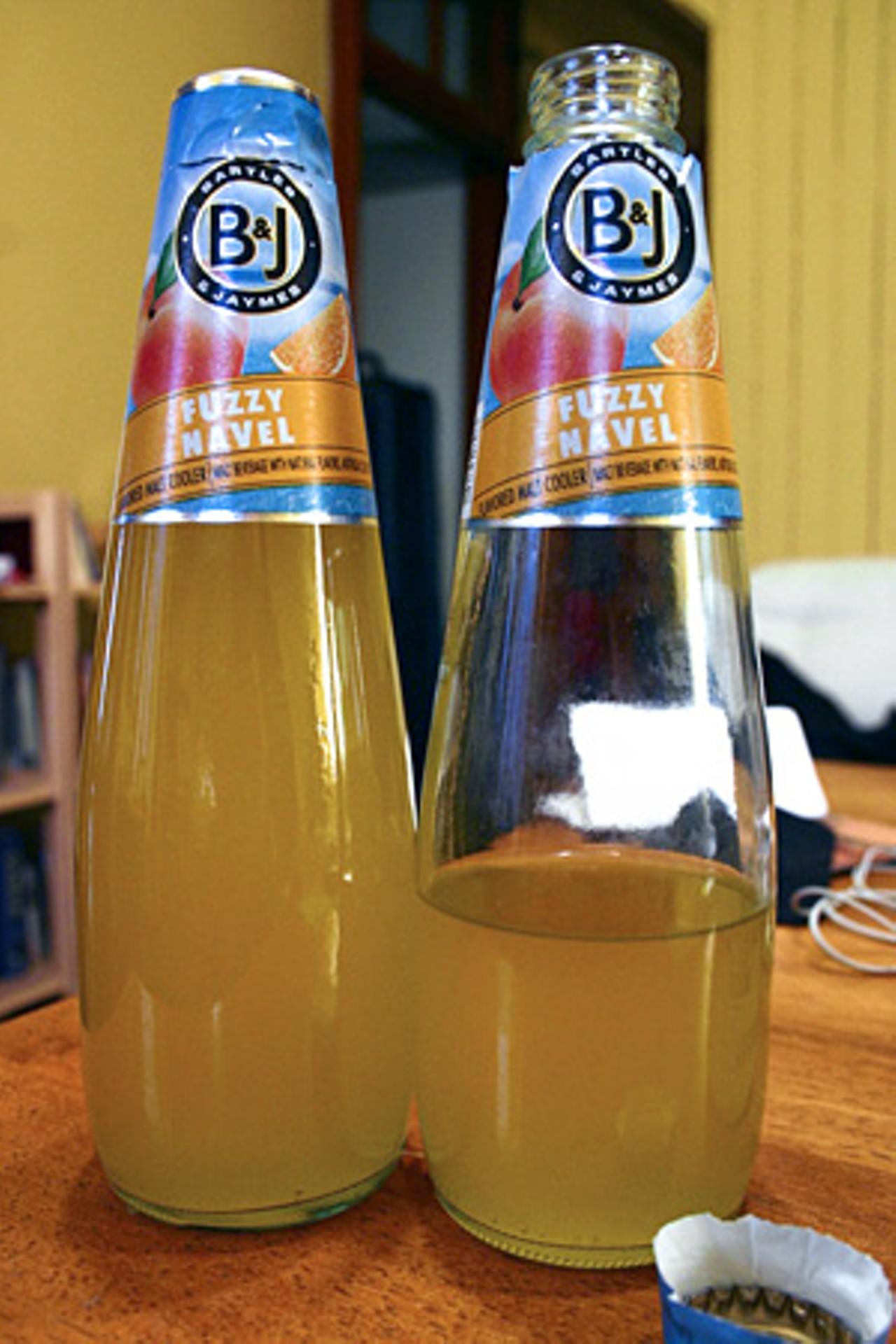 Bartles James Fuzzy Navel Flavored Malt Cooler Food Drink