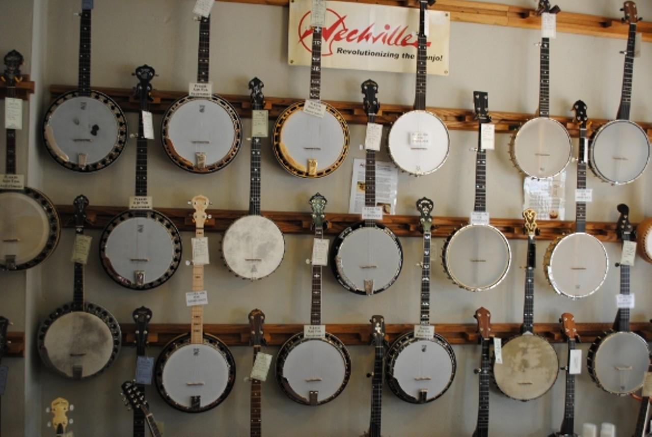 music folk webster groves music venues music nightlife. Black Bedroom Furniture Sets. Home Design Ideas