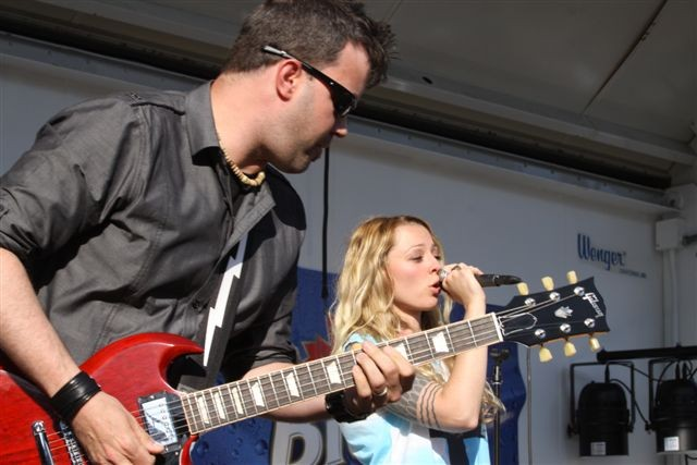 Amanda Lee Peers and the Driftwood Sailors played the 2013 East End Festival on Friday, June 14. - PHOTO BY FRANK DE BLASE