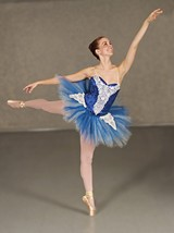 87b3e1a5_balletprestige_photo.jpg