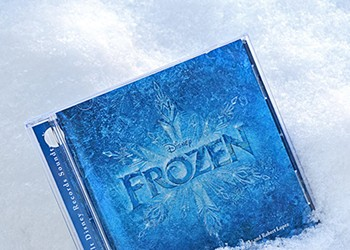 "CD Review: Disney's ""Frozen"" Soundtrack"