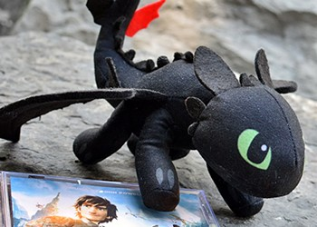 """CD Review: """"How to Train Your Dragon 2"""" Soundtrack"""