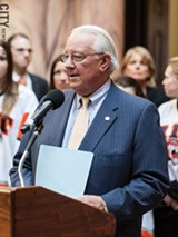 FILE PHOTO - Mayor Tom Richards