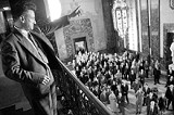 """COLUMBIA PICTURES - Royal flush: Sean Penn in the dreadful remake of """"All the King's Men."""""""