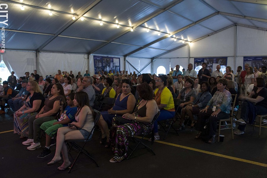 The audience at the Squeezers Stage at the Inn on Broadway. - PHOTO BY ASHLEIGH DESKINS