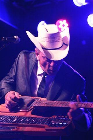 Junior Brown played Anthology on Saturday night. - PHOTO BY FRANK DE BLASE