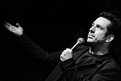 Comedian Jamie Lissow brings it home