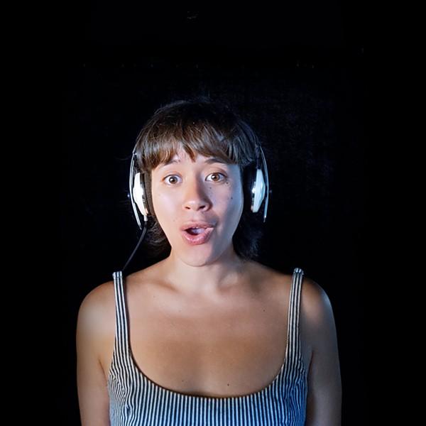 "Robin Steitz singing during FLO's ""Aria Nights"" virtual concert. - YOUTUBE SCREENSHOT"
