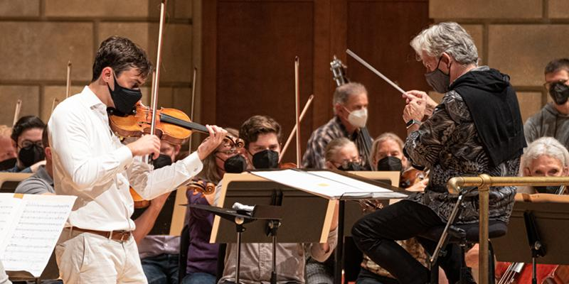 Andreas Delfs makes official debut as RPO music director in impressive concert