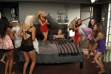 Who can say no to a good ol' pillow fight?