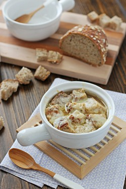 crockpot-french-onion-soup-web-3jpg