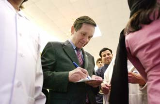 news-kucinich-9377_330jpg