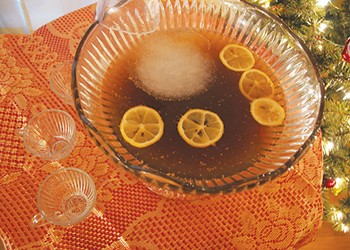 Best Bowls We Know: Holiday punches to keep you warm