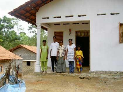 feat-srilanka-newhs_420jpg