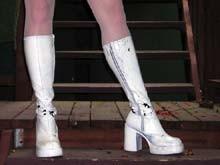 arts-boots2_220jpg