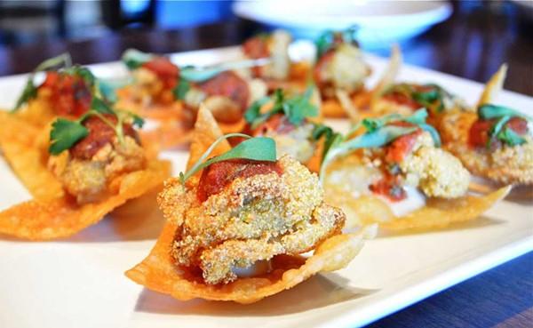 nacho-mama-oysters_maxs_resized-webjpg