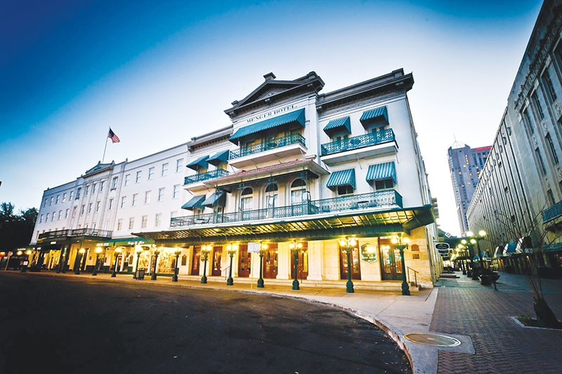 Ghost stories and cocktails make for a memorable mix at the Menger Hotel. - COURTESY