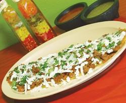 Hearty huaraches from La Choza