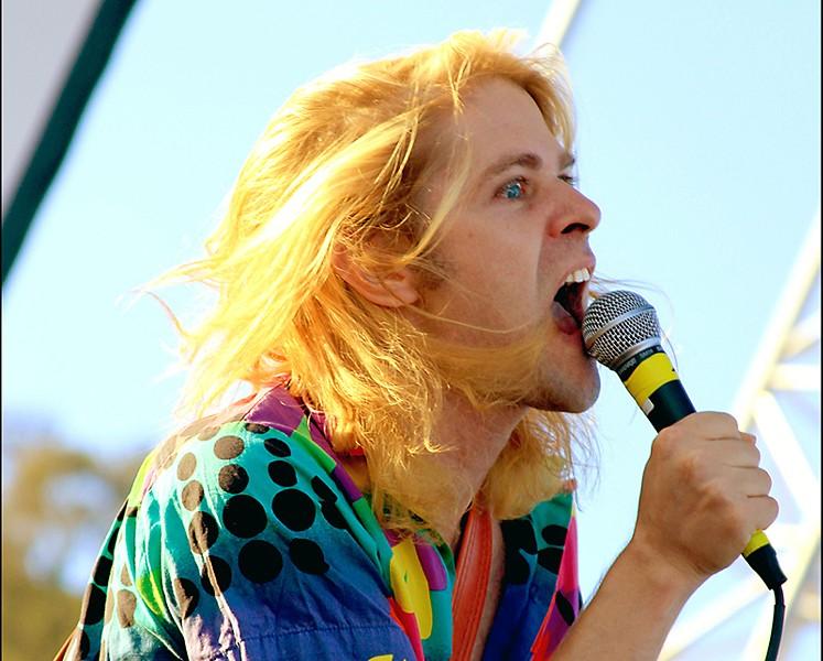 LA pop provocateur Ariel Pink.