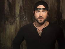 lee_brice_approved_photo_2_website.jpg