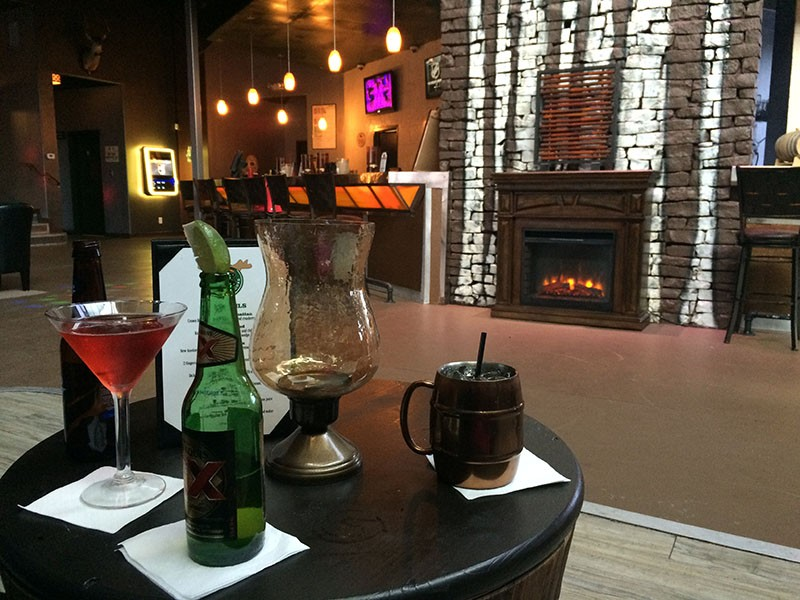 Loose Moose: South Texas ski lodge with sassy drinks - JESSICA ELIZARRARAS