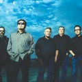 Los Lobos still playing in the moment