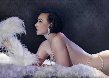 'Most Naked Woman' Set to Shimmy at San Antonio Burlesque Festival