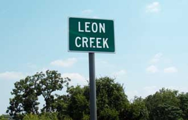 news-leoncreek-sign_330jpg