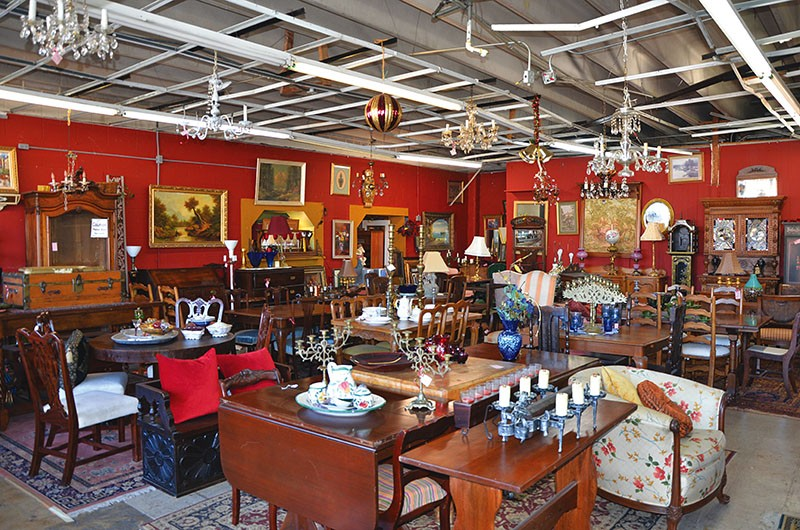 Beau Click To Enlarge Owner Carmen Morin Fills Lasting Impressions Antiques With  All Eras Of Furniture And Décor.
