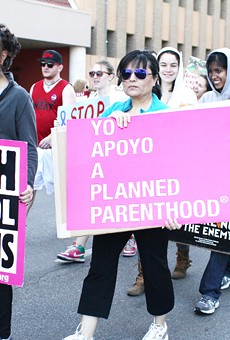 Planned Parenthood clinics sue Texas