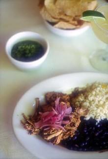 food-lacalesa-plates2_330jpg
