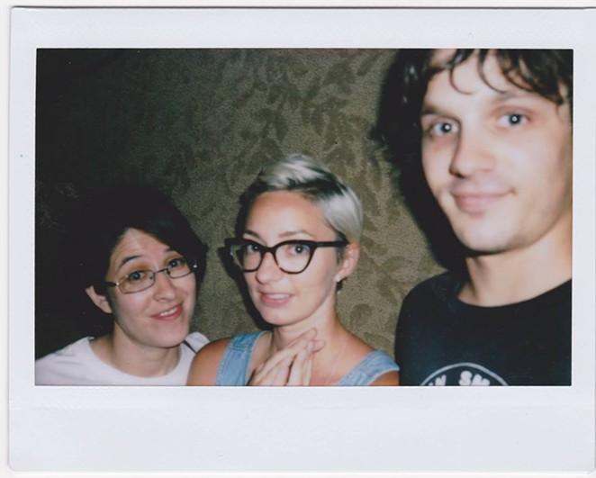 ¿Que Pasa? in Polaroid - VIA FACEBOOK
