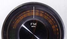 cultfeat-radio-0344_330jpg