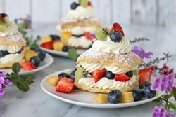 fresh-fruit-cream-puffs1jpg