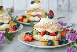 fresh-fruit-cream-puffs1jpg