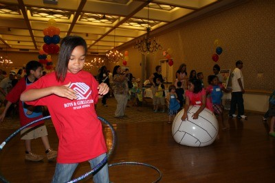 balls-and-hulahoops400jpg