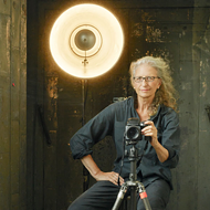 Esteemed Photographer Annie Leibovitz Brings Talk to Tobin Center