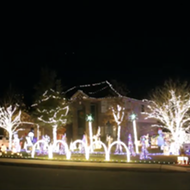 Boerne Family's Christmas Lights Display Goes Country This Year