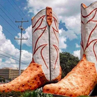 'Daddy-O' Wade, the Artist Who Created the Giant Cowboy Boots Outside San Antonio's North Star Mall, Has Died