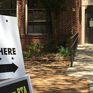 Texas needs more poll workers this year because of the pandemic. Here's how to become one.