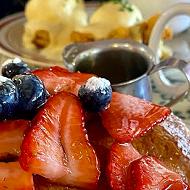 San Antonio's Comfort Café tops Yelp's list of Top 100 Brunch Spots in the U.S.