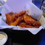 Enjoy Free Wings And Beer With Dad This Father's Day