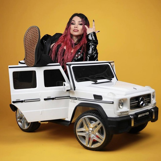 FACEBOOK / SNOW THA PRODUCT