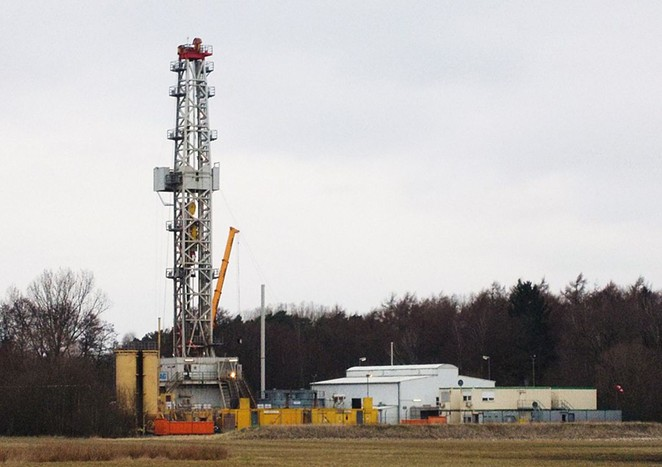 Hydraulic fracturing sites such as this one pump chemical-laden water into the ground to release oil and gas. - WIKIMEDIA COMMONS / BATTENBROOK
