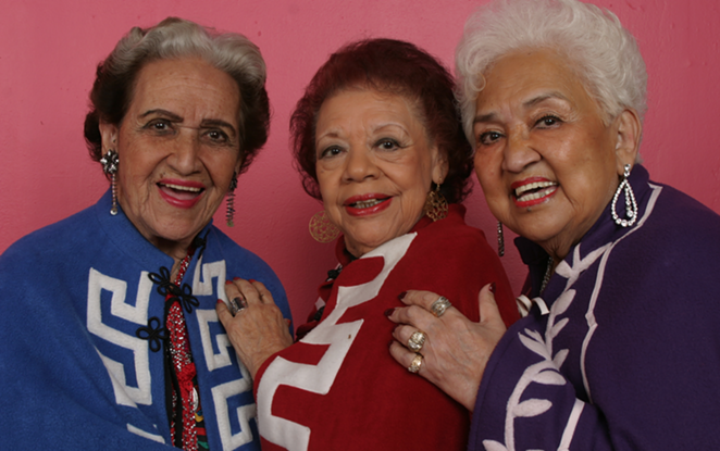Beatriz Llamas (center) and Blanca Rodríguez (right), pictured with Rita Vidaurri (left) - ANTONIA PADILLA