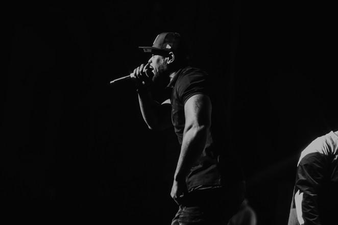 Method Man delivering fire verses - OSCAR MORENO