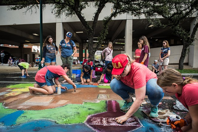 Artpace S Chalk It Up Returns To Downtown San Antonio This