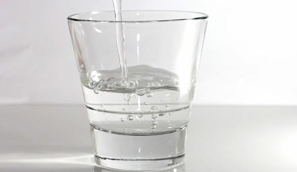 drinking-water-1362499719_74.jpg