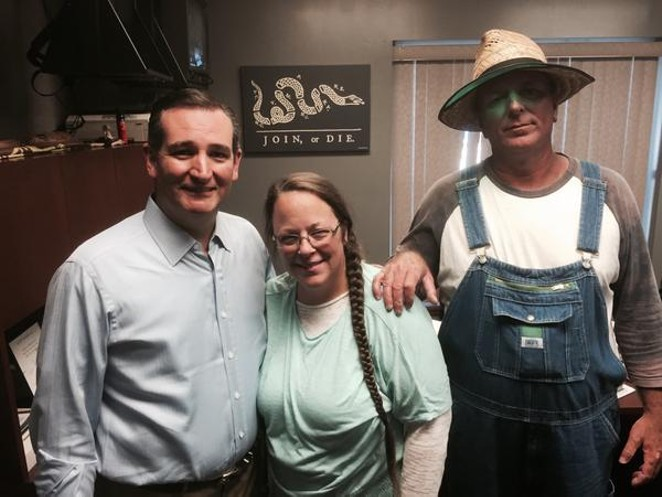 Sen. Ted Cruz and Kim Davis today following her release from jail. - TED CRUZ CAMPAIGN