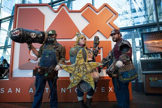 Mario, Luigi and Princess Toadstool survived the Wasteland to attend PAX South 2016 - LINDA ROMERO